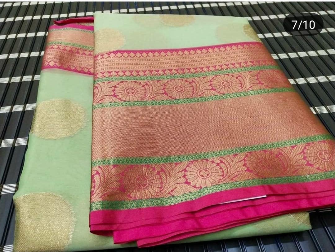 Light Weight Fashion Silk Saree 1