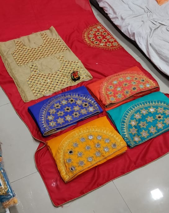 Trendy Collections  3